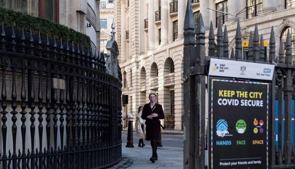 Birleşik Krallık, Kovid-19 kısıtlamalarını 8 Mart'tan itibaren kademeli olarak kaldıracak