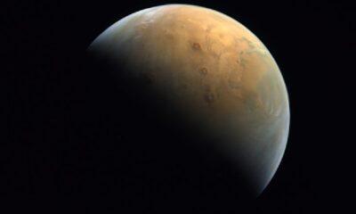 Birleşik Arap Emirlikleri Mars'ı ilk kez fotoğrafladı