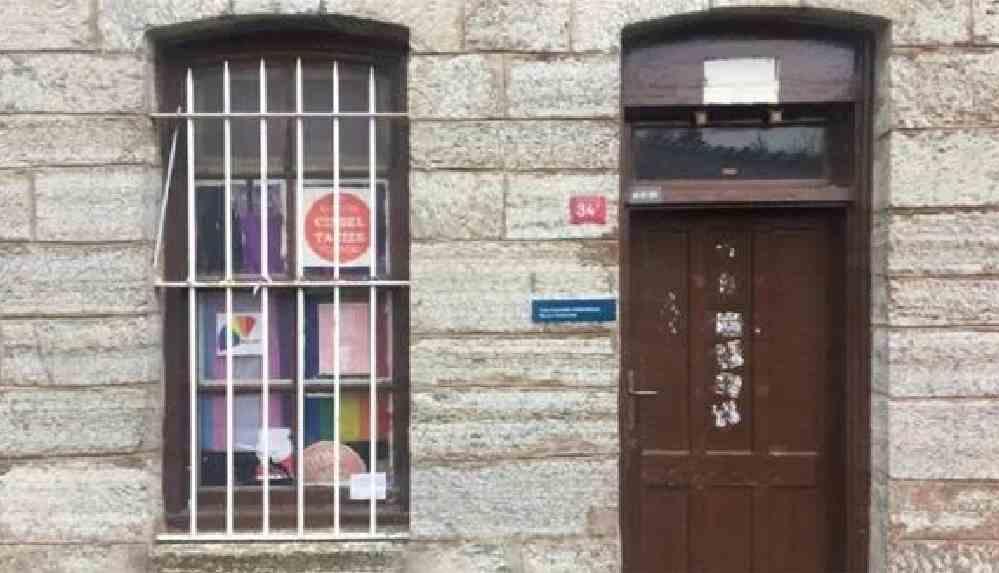 Boğaziçi Üniversitesi'ndeki LGBTİ kulübü kapatıldı