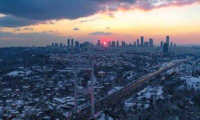 İstanbul'da kar yağışı sabah saatlerinden itibaren tekrar etkili olmaya başladı