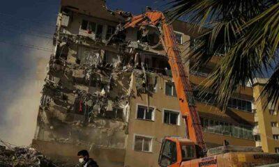 İzmir'de 'orta hasarlı' denilen 2 binaya 5 ay sonra 'az hasarlı' raporu verildi
