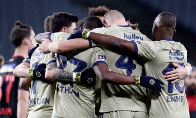 Karagümrük'ü yenen Fenerbahçe maç fazlasıyla lider