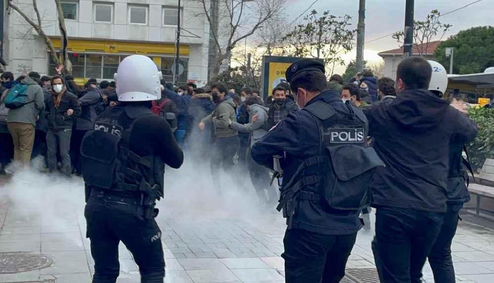 Polis şiddetine karşı 35 baro başkanından Boğaziçi açıklaması: Öğrencilere yapılan muamele yasalara aykırıdır