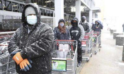 Teksas'ta hayatı felç eden soğukta mağaza sahibinden müşterilere büyük jest