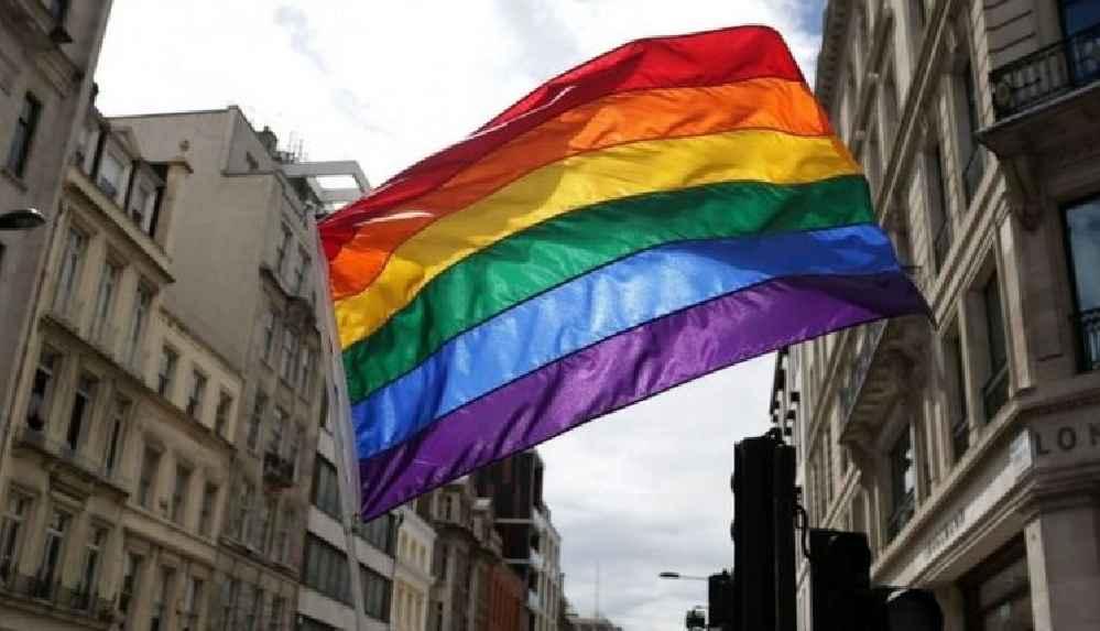 """'Türkiye dahil birçok ülkede """"homofobik ve transfobik söylem"""" artıyor'"""