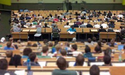 Üniversiteler baharda hibrit eğitime geçiyor