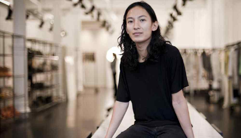 Ünlü modacı Wang yeniden cinsel taciz suçlamasıyla karşı karşıya