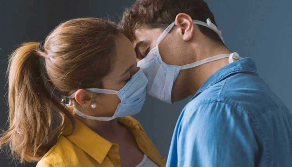 Uzmanlar anlattı: Pandemi dönemi cinsel hayatı nasıl etkiledi?