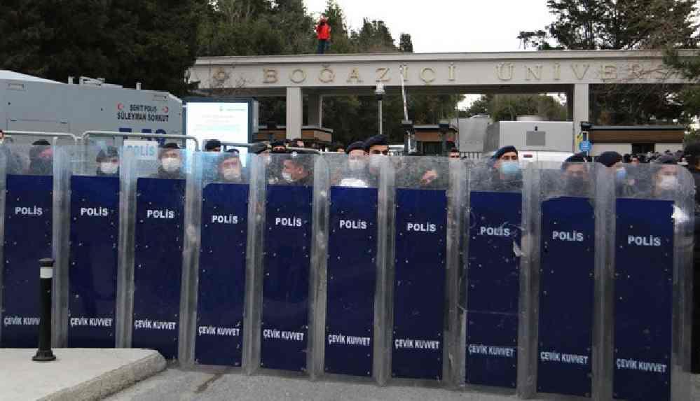 Valilik açıkladı: Boğaziçi eylemlerinde gözaltına alınan 98 kişi serbest bırakıldı