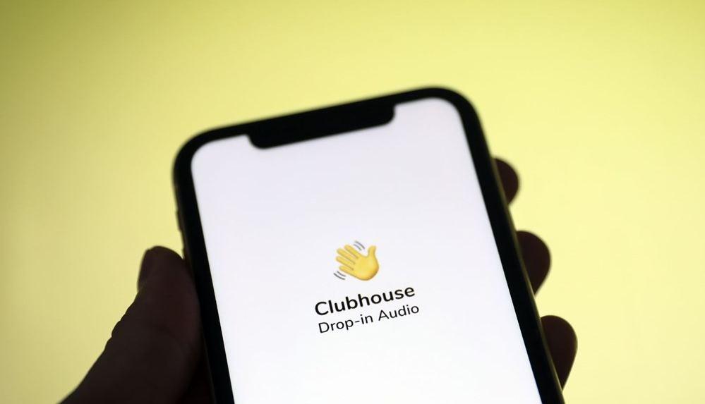 Yeni sosyal medya platformu Clubhouse'da kullanıcıların kişisel verileri güvende mi?