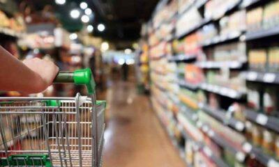Zincir marketlerde artık sigara ve elektronik eşya satılmayacak
