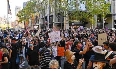 Avustralya'da cinsel saldırı iddialarının ardından iki bakan görevden alındı