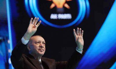 Cumhuriyet yazarı Balbay: Erdoğan bir cümlede yeni nesillerle ilgili her alanda başarısızlık yaşandığını özetledi!