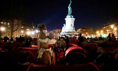 Hükümete tepkilerini göstermek için Paris'in ortasında kamp kurdular