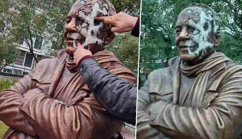 Gazeteci Bekir Coşkun heykeline çirkin saldırı