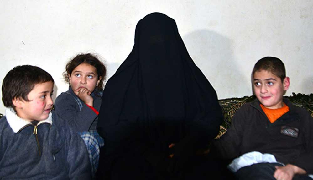 İdlib'de Türk yetimhanesinde kalan Suriyeli kadın: Burada hiçbir ihtiyacımız eksik bırakılmıyor