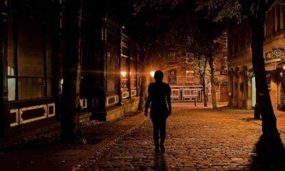 """""""Kadınların yüzde 27'si gece yalnız yürürken kendini güvensiz hissediyor"""""""