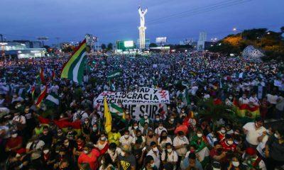 On binlerce Bolivyalı, darbe dönemi liderinin tutuklanmasına tepki için sokağa döküldü