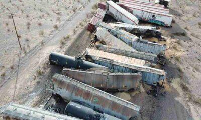 Raydan çıkan trenin 44 vagonu birbirine girdi