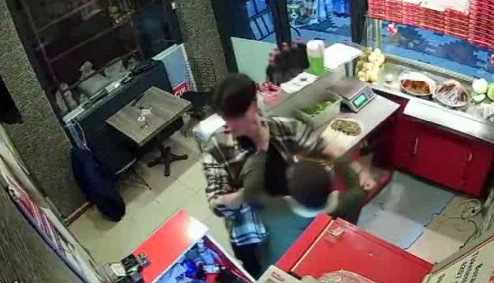 Sipariş ettiği çiğ köfte 'acılı' diye çalışanı darp eden Gurur Şenel ve kardeşi tutuklandı