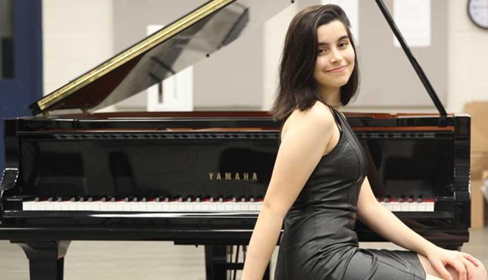 18 Yaşındaki dahi piyanist Elif Işıl, Manhattan School of Music'e kabul edildi