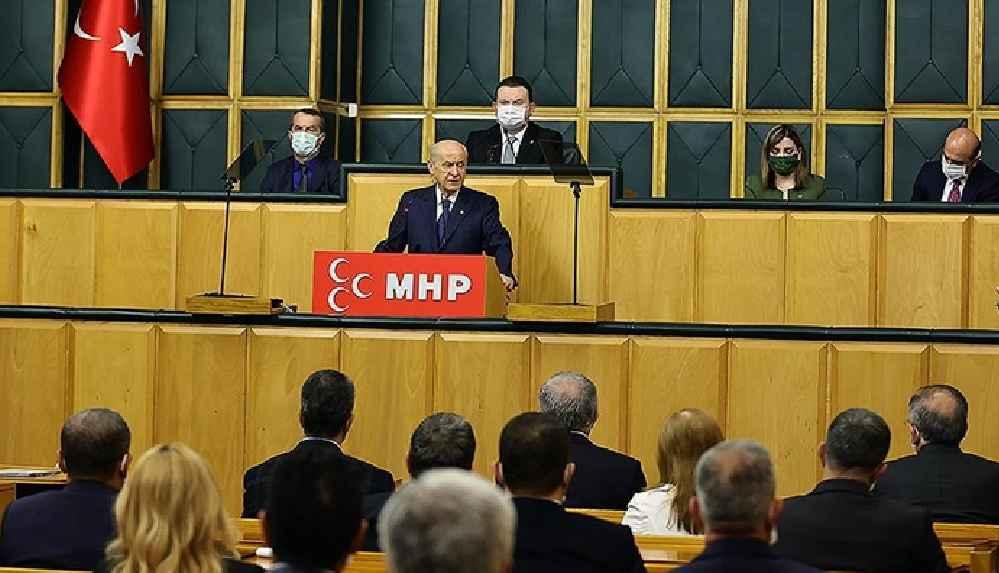Bahçeli'den yeni anayasa çağrısı: CHP'ye ve İP'e sesleniyorum, gelin bu sürece siz de destek verin