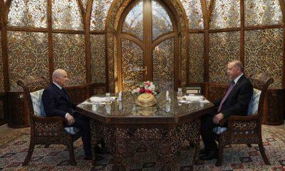 Cumhurbaşkanı Erdoğan ile MHP Genel Başkanı Bahçeli Özbek Otağı'nda iftar yaptı
