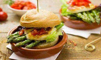 Diyette olanlara şişmanlatmayan hamburger önerisi: Kereviz burger
