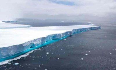 Dünyanın en büyük buz dağı paramparça oldu