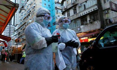 Hong Kong'da bir kişide koronavirüsün iki mutasyonuna birden görüldü