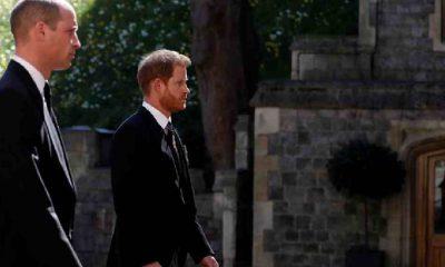 Prens William ve Prens Harry'nin cenazedeki diyaloğunu deşifre edildi