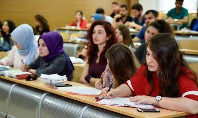 Sözcü yazarı: Türkiye'de üniversiteye gitmek 4 yılı çöpe atmaktır!