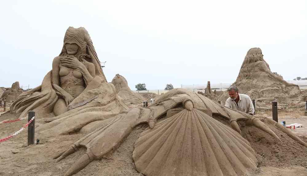 16. Uluslararası Antalya Kum Heykel Festivali'nin bu yılki teması 'Kayıp Kent Atlantis'