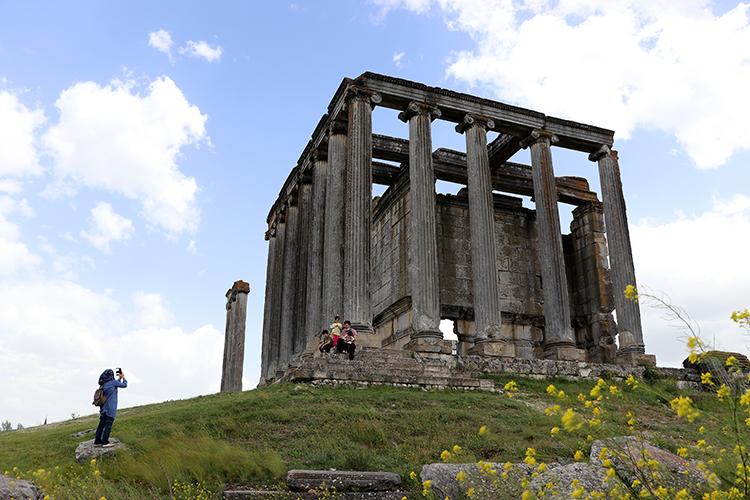 Aizanoi Antik Kenti'nde hızlandırılacak projelerle daha fazla turist hedefleniyor