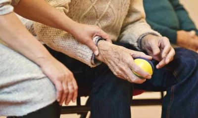 Alzheimer ve demans hastası yaşlı çift, Mors alfabesini kullanarak huzurevinden kaçtı
