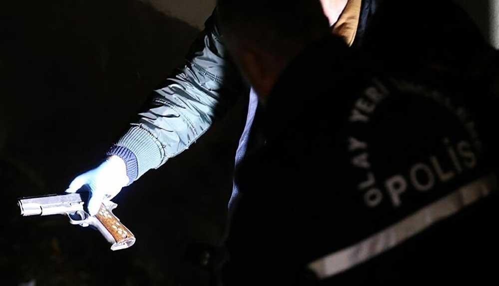 Antalya'da bir köpeği tabanca ile vuran 2 kişi gözaltına alındı