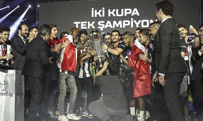 Süper Lig şampiyonu Beşiktaş kupasını aldı