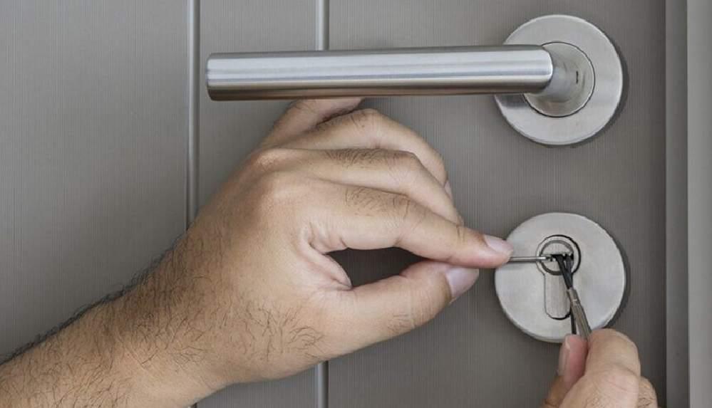 Çilingirlerden dikkat çeken 'anahtar' uyarısı: 7 Mayıs'tan itibaren anahtarınızı evde unutmayın