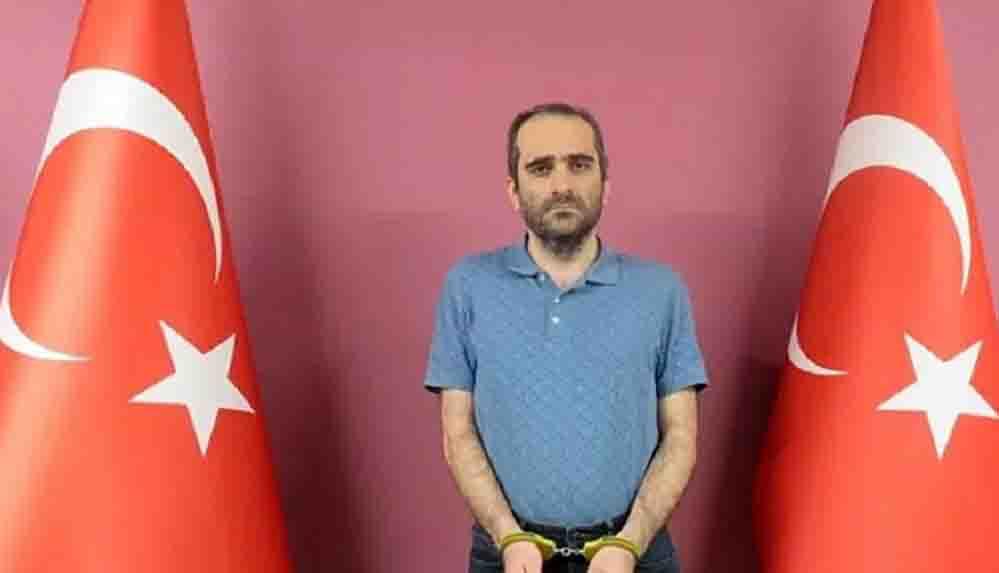 FETÖ üyesi Selahaddin Gülen, MİT operasyonuyla yakalanarak Türkiye'ye getirildi