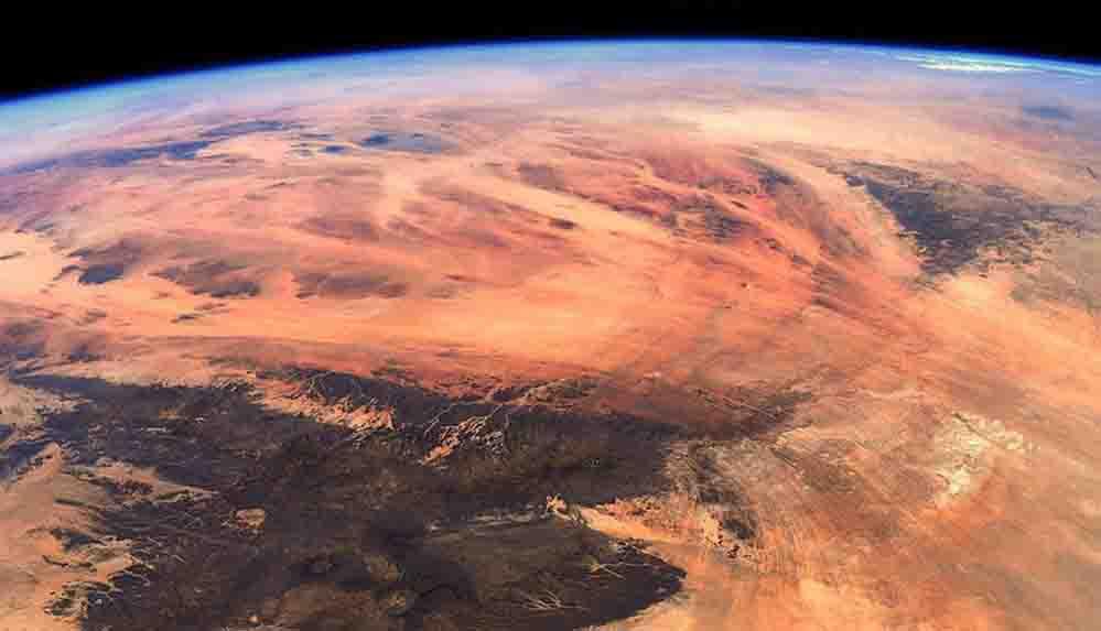 """Fransız astronot yörüngeyi görüntüledi: """"Mars değil, Dünya!"""""""