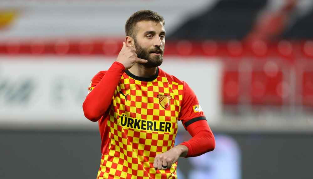 Galatasaray, Alpaslan Öztürk'le anlaşmaya vardı