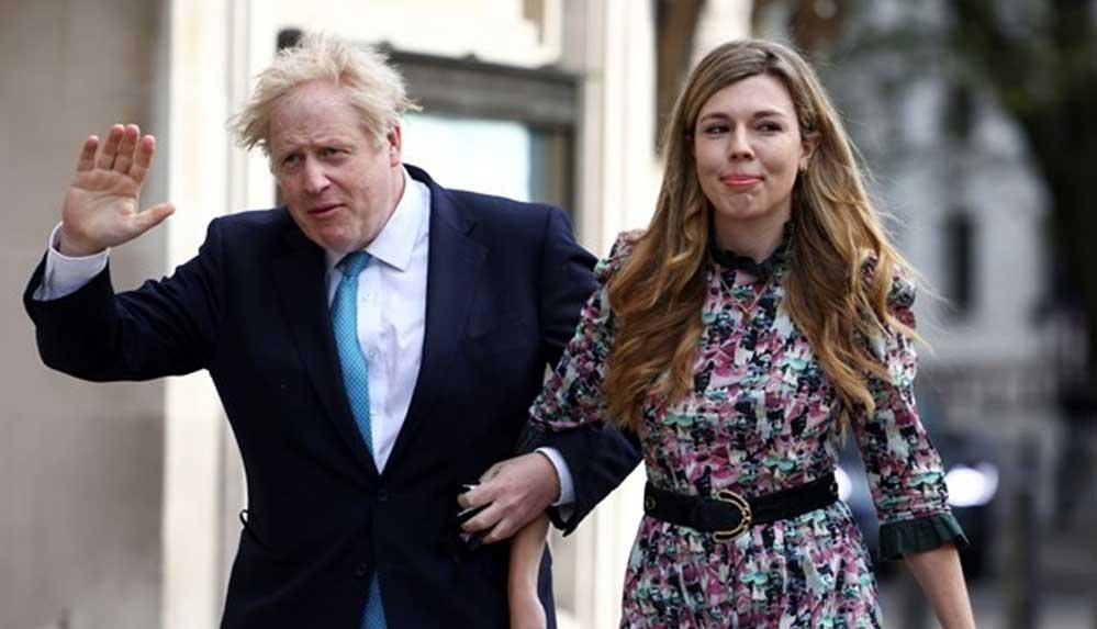 İngiltere Başbakanı Boris Johnson gizli törenle evlendi