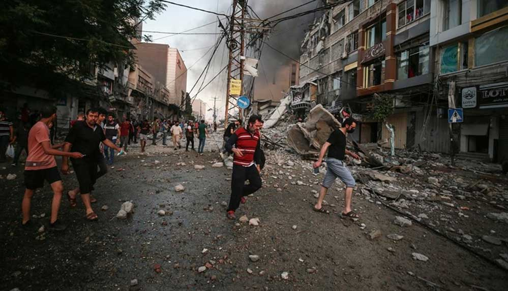 İsrail'in Gazze Şeridi'ne düzenlediği saldırılarda hayatını kaybedenlerin sayısı 65'e yükseldi