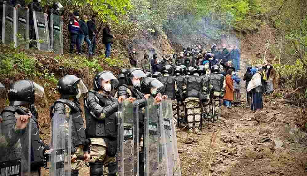 İkizdere'de direniş sürerken Bakanlık Cengiz İnşaat'a ikinci taş ocağı izni verdi