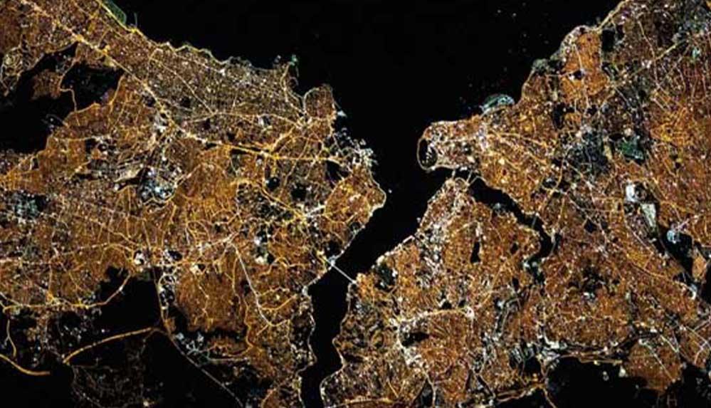 NASA'nın 'ışıldayan' İstanbul uydu görüntüsü çevrecileri neden kaygılandırıyor?