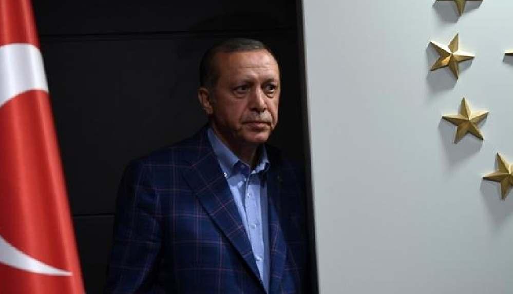 Korkusuz yazarı Bayraktaroğlu: Erdoğan hem seçimi kazanamayacak hem de...