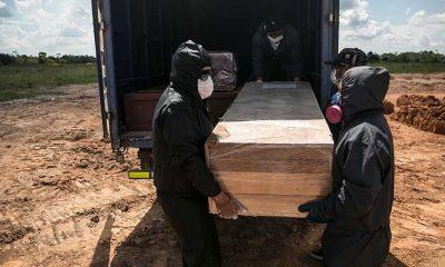Peru'da, Kovid-19 salgınında ölü sayısının artması nedeniyle mezarlıklarda yer kalmadı