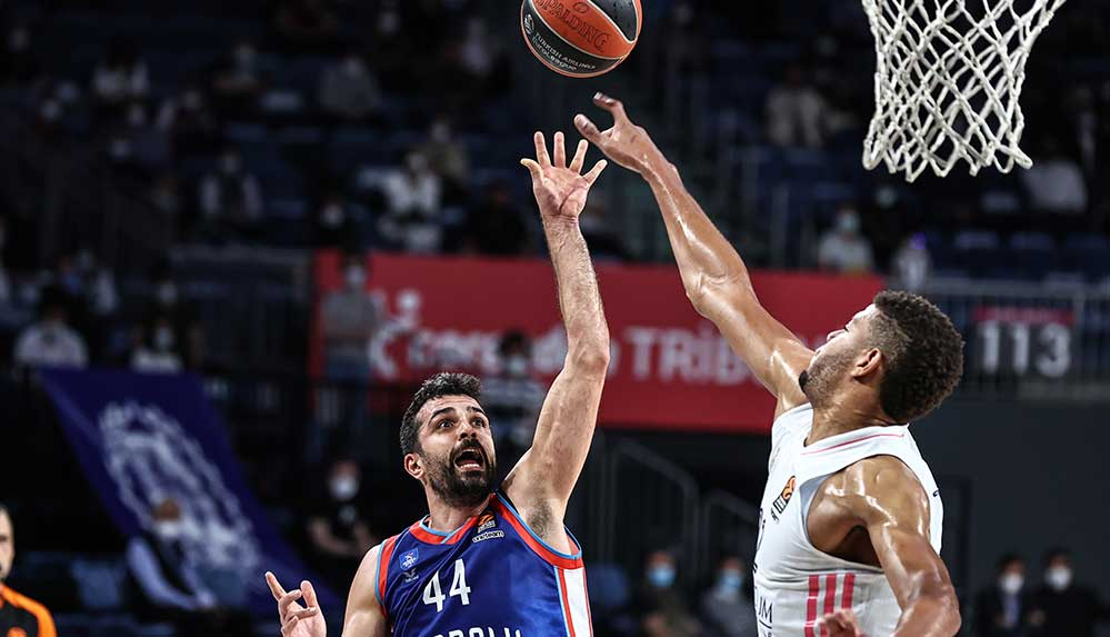 Real Madrid'i deviren Anadolu Efes Final Four'da