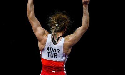 Türk güreşçi Yasemin Adar, Tokyo Olimpiyatları'na kota kazandı