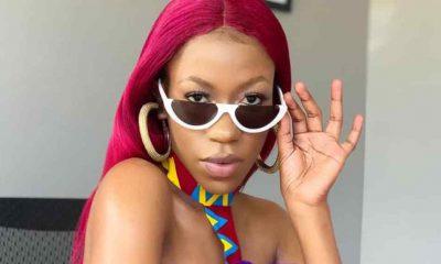Ugandalı şarkıcı Vinka, sahnede kendisini taciz eden seyirciyi tekmeledi